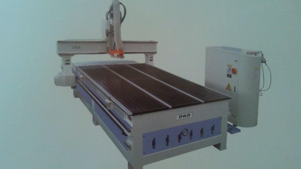 NM481动柱式矩阵台面加工中心,沈阳雕刻机公司有售