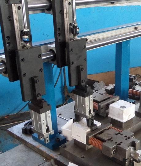 江西供86系列PVC接线盒自动冲底孔设备