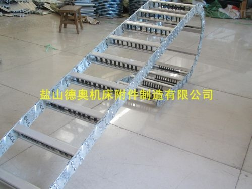 tl65III-115*110金属线缆牵引钢铝拖链厂家