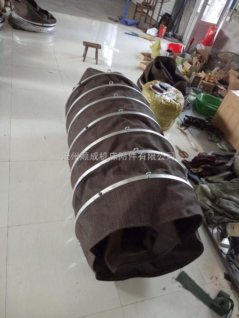 水泥槽车输送耐磨帆布伸缩节