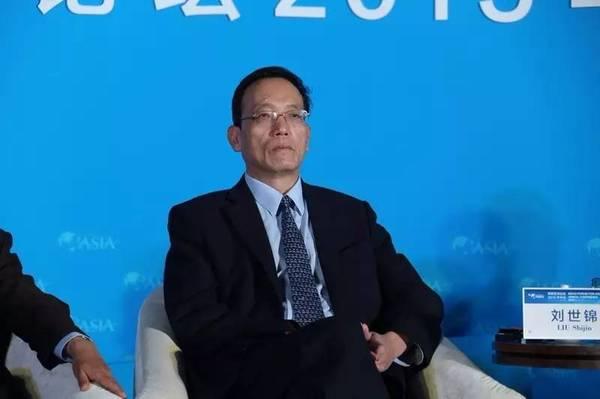 刘世锦:经济下行 企业分化推动中国制造业转型升级