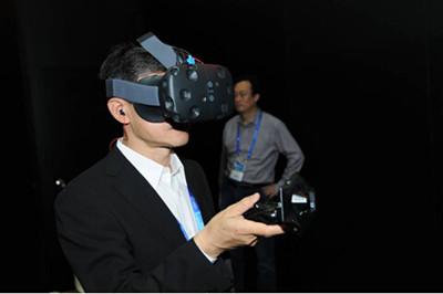 VR产品亮相第十八届高交会 创新产品扎堆