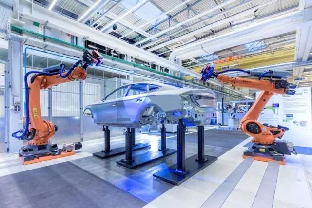 奥迪智能工厂曝光:从虚拟装配到金属3D打印