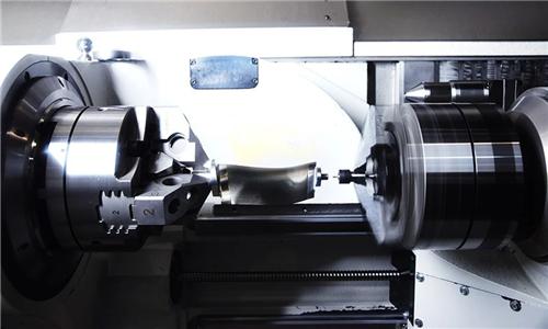 如何高效加工小型發動機葉片?
